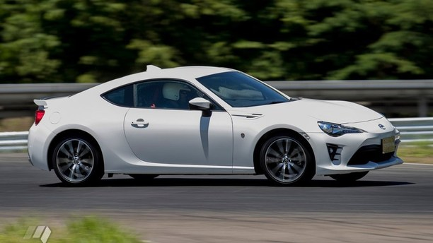 The 2017 Toyota 86 FR-S
