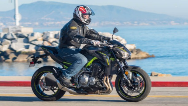 5 Fast Facts about 2017 Kawasaki Z900